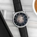 """<p class=""""Normal""""> Nhà mốt xa xỉ của Pháp Hermès lừng danh thế giới với mẫu túi Birkin thời trang, khăn lụa, sơn mài và chế tác da... đã mang đến phiên bản mới tuyệt đẹp cho một trong những mẫu đồng hồ mang tính biểu tượng nhất của hãng có lịch sử bắt nguồn từ năm 1978: đồng hồ Hermès Arceau.</p>"""
