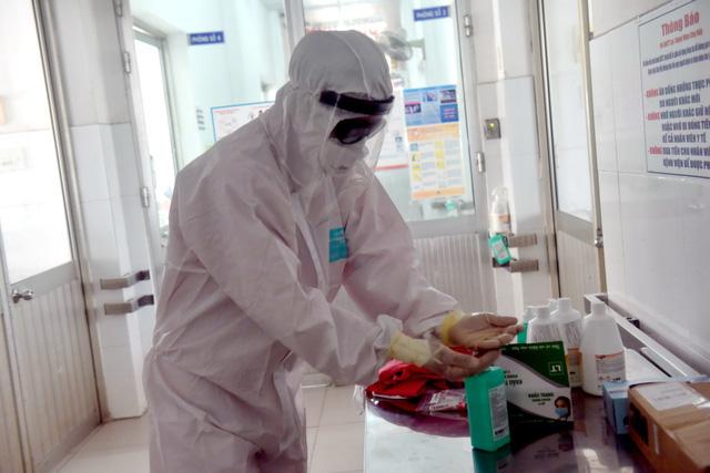 Ngày 28/3: Thêm 11 người nhiễm Covid-19, 5 ca liên quan đến Bệnh viện Bạch Mai
