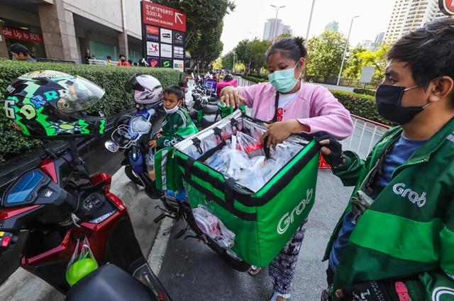 Thị trường giao đồ ăn thức uống Thái Lan ước tính tăng trưởng 17% trong năm nay. Ảnh: Nikkei.