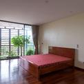 <p> Phòng ngủ được thiết kế đơn giản.</p>