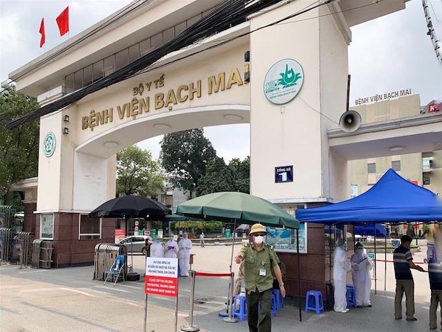 """Bộ Y tế, Bộ Công an, UBND TP Hà Nội, UBND TP Hồ Chí Minh tập trung, dồn lực xử lý triệt để các """"ổ dịch"""" như tại Bệnh viện Bạch Mai, quán bar Buddha."""