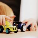 <p> <strong>8. Dành thời gian vui chơi cùng con</strong></p> <p> Học sinh nghỉ ở nhà nhiều ngoài nỗi lo bài vở, đảm bảo chương trình học thì việc vui chơi, giải trí cũng rất quan trọng. Dành thời gian chơi cùng con đồng thời hướng dẫn con tự chơi trong lúc làm việc tại nhà sẽ giúp trẻ được vận động tránh việc ở mãi một chỗ với chiếc máy tính bảng hay xem tivi cả ngày.</p> <p> Gợi ý: Trở thành khán giả trong vở kịch tự biên tự diễn của con; Chơi game như ghép Lego...</p>