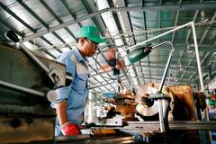Đến lượt ADB hạ dự báo tăng trưởng GDP Việt Nam xuống 4,8%