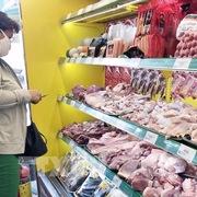 TP HCM: Giá thịt lợn trong nước bắt đầu giảm, rút ngắn chênh lệch với hàng nhập khẩu