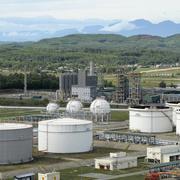 Nhà máy lọc dầu Dung Quất có thể dừng sản xuất