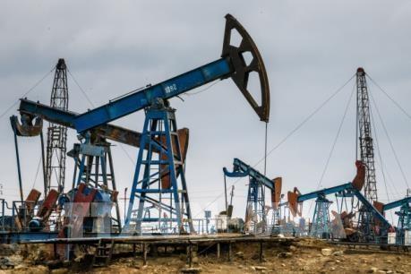 Giới phân tích hoài nghi về khả năng cắt giảm 10 triệu thùng/ngày của OPEC+