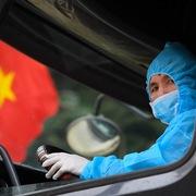 Thêm 4 ca nhiễm Covid-19 mới, một người đưa bệnh nhân đến BV Bạch Mai khám