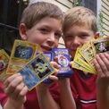 """<p> Những tấm thẻ Pokémon hiếm có giá hàng chục nghìn USD. Năm 2016, một lá bài mang tên """"Pikachu Illustrator"""" được bán với giá 54.970 USD. (Ảnh: <em>AP</em>)</p>"""