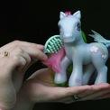 """<p> Phiên bản hiếm của đồ chơi """"My Little Pony"""" từ cuối thập niên 80 có giá rao bán lên đến 1.025 USD. (Ảnh: <em>Getty Images</em>)</p>"""