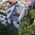 <p> Nhà Góc Phố là dự án nhà ở gần đây của Toob Studio. Ngôi nhà mà đơn vị thiết kế tạo ra có kiến trúc hiện đại, khác biệt và nổi bật so với những công trình khác trong khu vực.</p>