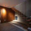 <p> Gỗ được dùng như loại vật liệu quan trọng. Những vách ngăn bằng gỗ, kệ gỗ, cầu thang bằng gỗ... làm ngôi nhà trở nên sang trọng.</p>