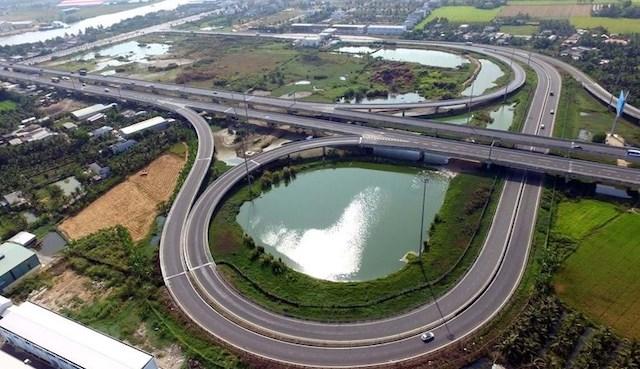 8 dự án cao tốc Bắc - Nam và Mỹ Thuận - Cần Thơ được chuyển sang đầu tư công