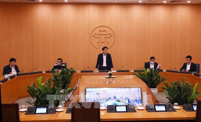Chủ tịch UBND thành phố Hà Nội Nguyễn Đức Chung, Trưởng Ban chỉ đạo chủ trì cuộc họp.