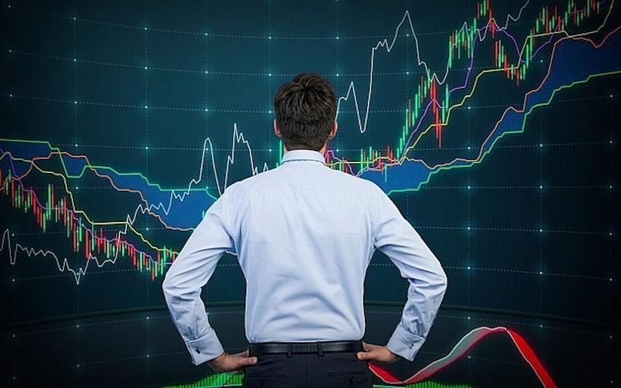 Áp lực bán mạnh, VN-Index giảm hơn 9 điểm