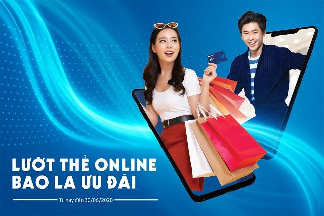 Sacombank dành nhiều ưu đãi cho khách hàng mở và giao dịch thẻ trực tuyến