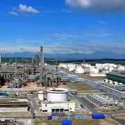PVN kiến nghị tạm ngừng nhập khẩu xăng dầu để giảm tồn kho 2 nhà máy Dung Quất và Nghi Sơn