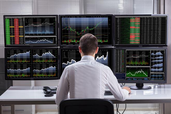 Cùng chiều với khối ngoại, tự doanh CTCK đẩy mạnh bán ròng 462 tỷ đồng trong tuần từ 6-10/4