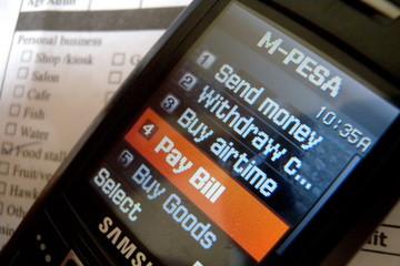 Cơ hội bùng nổ mobile money
