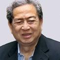 """<p class=""""Normal""""> <strong>10.<span> </span>Robert Budi Hartono: 13,6 tỷ USD</strong></p> <p class=""""Normal""""> Quốc gia: Indonesia</p> <p class=""""Normal""""> R. Budi Hartono và anh trai của ông, Michael là 2 người giàu nhất Indonesia. Hơn 2/3 tài sản của họ đến từ khoản đầu tư vào Ngân hàng Central Asia. (Ảnh: <em>Tatler Indonesia</em>)</p>"""
