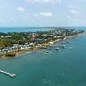 <p> Khối tài sản 2,1 tỷ USD của Michael Jordan lớn hơn cả GDP của nước Belize (khoảng 2,07 tỷ USD). Ảnh: <em>Shutterstock.</em></p>