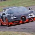 <p> <strong>4. Bugatti Veyron Super Sport (431,07 km/h)</strong><br /><br /> Sau khi bị đánh bại, Bugatti đã tiến hành đại tu mẫu Veyron và cho ra lò phiên bản siêu thể thao cực kỳ mạnh mẽ. Chỉ được sản xuất giới hạn 30 chiếc, Veyron Super Sport tăng công suất tối đa lên 1.200 mã lực và cải tiến tính khí động học. Vào tháng 7/2010, chuyên gia lái thử xe Pierre Henri Raphanel đã giúp siêu xe này đạt được tốc độ tối đa 431,07 km/h trên đường thử Ehra-Lessien.</p>