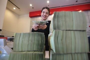 Các ngân hàng đang dư thừa nhân lực