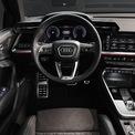 """<p class=""""Normal""""> Về nội thất, Audi A3 cũng được thiết kế đồng bộ với vẻ ngoài mạnh mẽ hơn khi mang đến các đường nét và cạnh cứng hơn thay thế cho thiết kế cong ở các mẫu xe trước đây.</p>"""