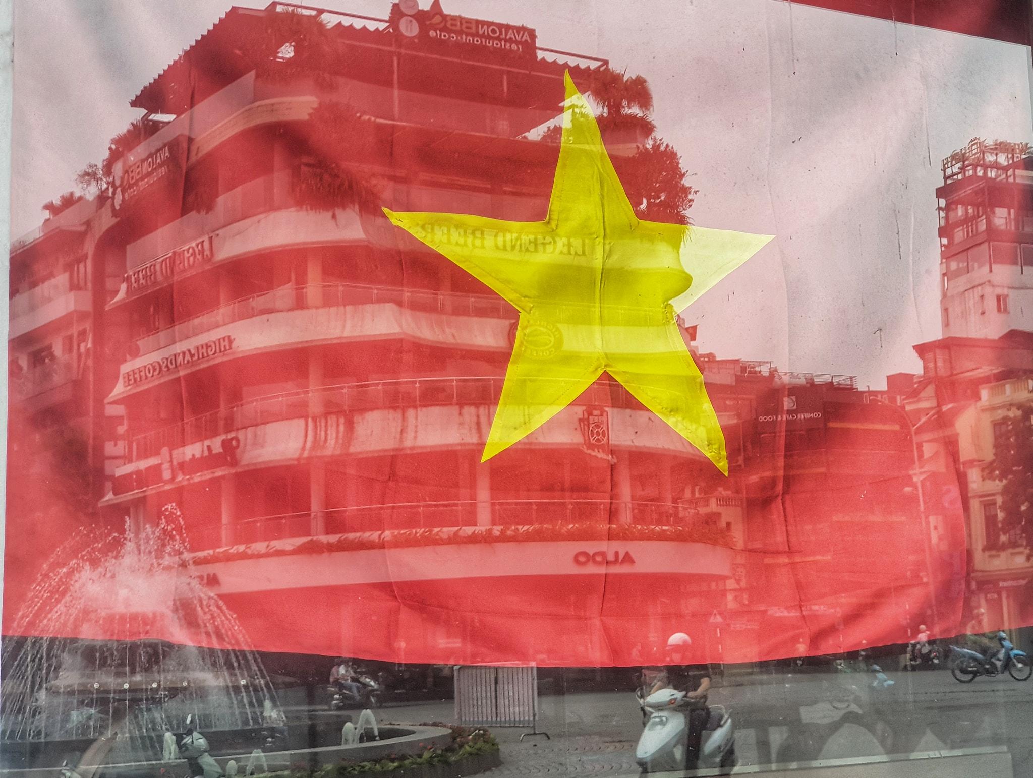 Hà Nội, TP HCM dừng cách ly xã hội từ 0h ngày 23/4