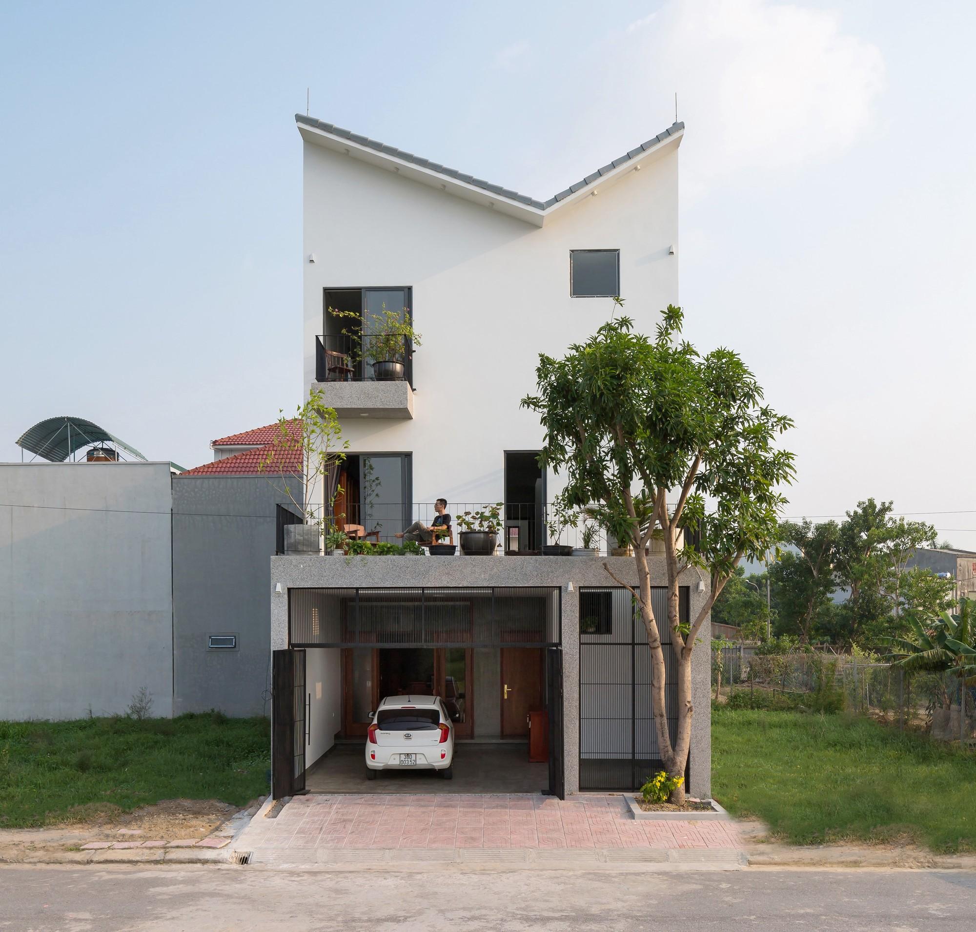 Thiết kế giúp ngôi nhà ở Hà Tĩnh vẫn đủ riêng tư dù có lớp học bên trong
