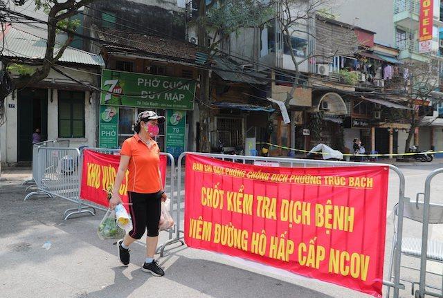 Đề xuất Hà Nội cách ly xã hội đến 30/4, được phép kinh doanh hàng hóa cần thiết