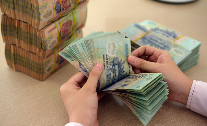BSC: NIM ngân hàng dự báo giảm, nợ xấu tăng, 'ngôi sao sáng' là thu nhập ngoài lãi