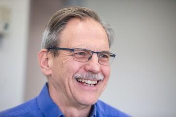 Giáo sư Harvard trở thành tỷ phú nhờ đầu tư vào công ty nghiên cứu vắc-xin Covid-19