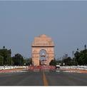 """<p> <strong>Sau:</strong> Theo<em> Reuters</em>, New Delhi hiện đang trải qua """"đợt không khí sạch dài nhất được ghi nhận"""". Trong hình:<span style=""""color:rgb(0,0,0);"""">Đài tưởng niệm chiến tranh / cổng Ấn Độ vào ngày 8/4/2020, sau 21 ngày phong tỏa toàn quốc. Ảnh: <em>Anushree Fadnavis / Adnan Abidi / Reuters</em></span></p> <p> </p>"""