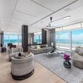 <p> Mùa đông năm 2018, vị tỷ phú hiphop đã mua một căn hộ sang trọng rộng hơn 436 m2 trị giá 14 triệu USD tại thành phố biển Miami Beach, bang Florida làm quà cho vợ mình. Ảnh: <em>Douglas Elliman.</em></p>