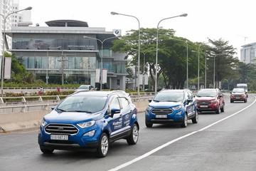 Ford ồ ạt giảm giá EcoSport, xả hàng tồn cạnh tranh Hyundai KONA
