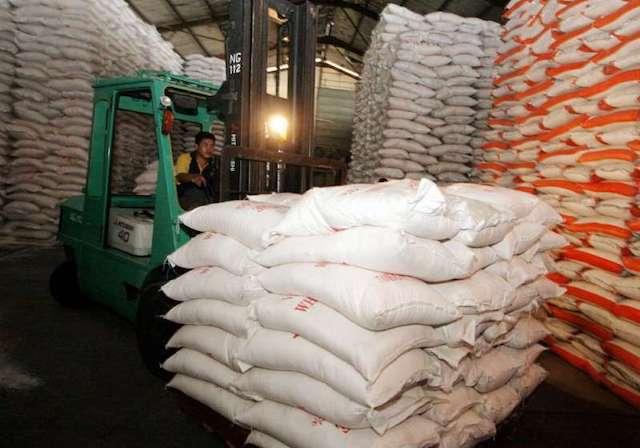 Bộ Công Thương đề xuất cho xuất khẩu gạo bình thường, không phải áp hạn ngạch từ 1/5