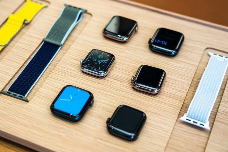 Hé lộ hậu trường thiết kế Apple Watch phiên bản đầu tiên
