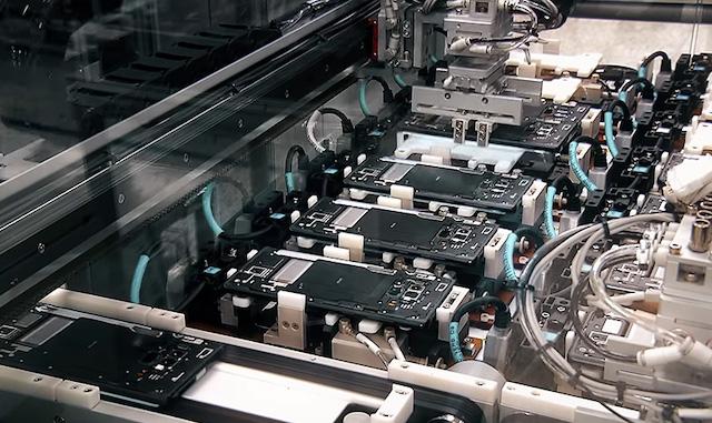 Sản xuất công nghiệp tháng 4 giảm hơn 10%