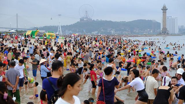 Quảng Ninh bất ngờ cho phép đón khách du lịch trở lại từ hôm nay