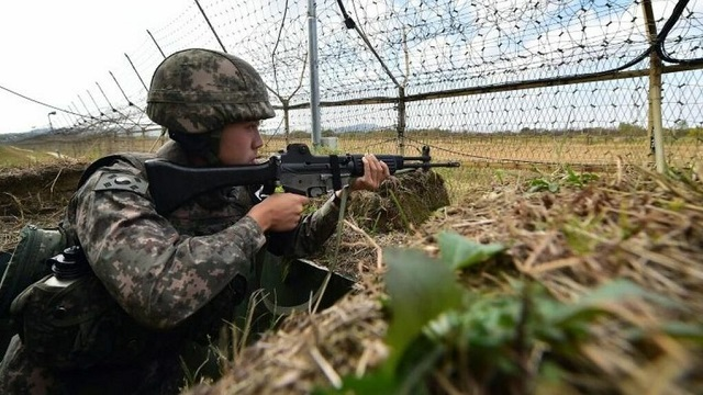 Binh sĩ Hàn Quốc tại DMZ. Ảnh: BBC.