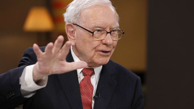 Warren Buffett đã bán hết cổ phiếu hàng không vì Covid-19