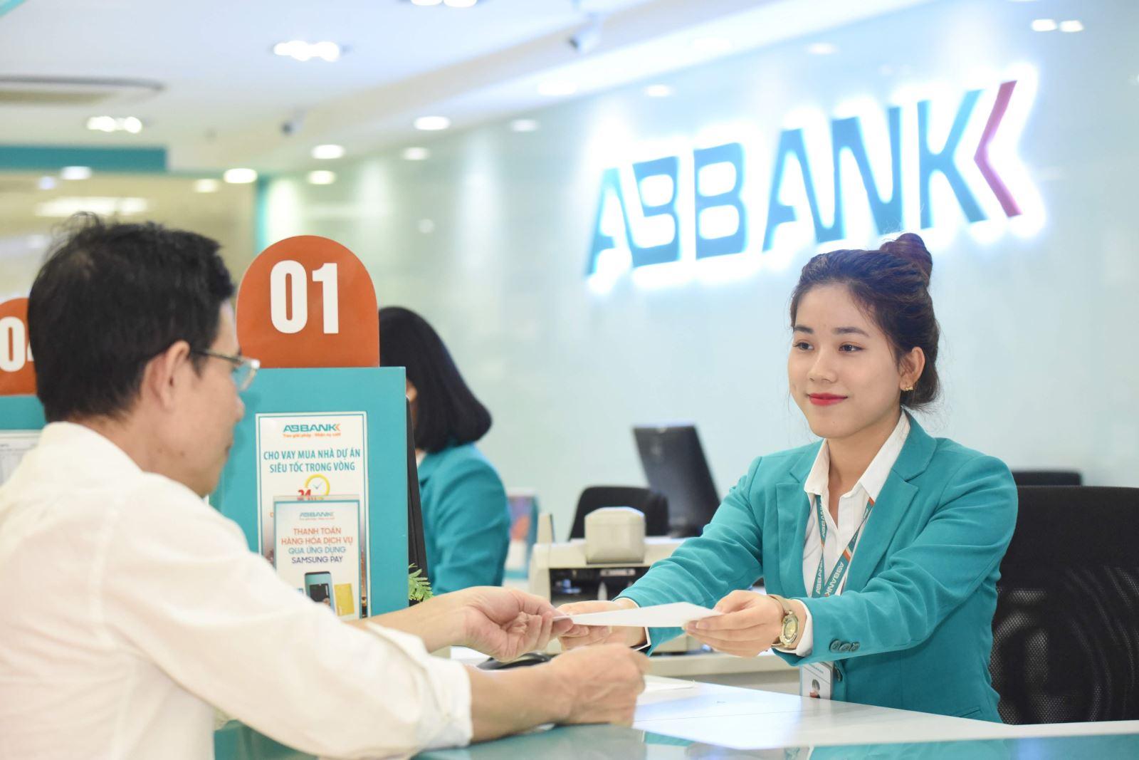 Lãi ABBank tăng 2,7 lần trong quý I, nợ xấu tăng