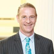 Ông Dominic Scriven muốn mua 2 triệu chứng chỉ quỹ VFMVN Diamond