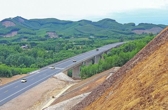 Cần 99.500 tỷ đồng vốn ngân sách cho dự án đường bộ cao tốc Bắc Nam