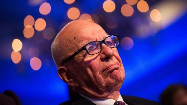 Tập đoàn lỗ một tỷ USD, ông trùm truyền thông từ bỏ tiền thưởng