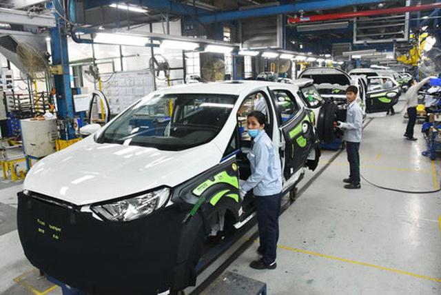 Lắp ráp ôtô tại Công ty Ford Việt Nam Ảnh: TẤN THẠNH. Ảnh 1.