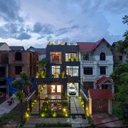 Ngôi nhà 15 năm xuống cấp đẹp long lanh sau cải tạo ở Bắc Ninh