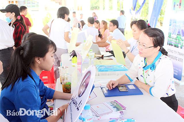 Dự án Cảng hàng không quốc tế Long Thành: Gấp rút lo việc làm cho người dân vùng dự án