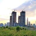 <p> Chủ đầu tư còn cho biết dự án đã và đang triển khai giải ngân khoảng 10.000 tỷ đồng. Sau khi được tháo gỡ các vướng mắc, công ty dự kiến khởi công xây dựng phần ngầm cho khu tòa tháp 88 tầng vào cuối năm nay.</p>