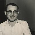 """<p class=""""Normal""""> Năm 1952, con trai của John W. Tyson, chính thức gia nhập công ty với vai trò giám đốc điều hành, ngay khi mới tốt nghiệp đại học.</p> <p class=""""Normal""""> """"Tôi tốt nghiệp vào năm 1952, và kể từ ngày đó cho đến năm 1963, năm công ty chính thức niêm yết trên sàn chứng khoán, tôi làm việc tại công ty 6 ngày một tuần và ngày thứ 7, tôi làm việc tại trang trại của cha tôi"""", Don chia sẻ, theo thông tin được đăng tải trên website của công ty.</p> <p class=""""Normal""""> Năm 1958, công ty mở nhà máy chế biến thịt đầu tiên tại Arkansas với chi phí 90.000 USD, trong khi chi phí dự trù chỉ khoảng 75.000 USD. Ảnh:<em>Tyson Foods</em><span></span></p>"""
